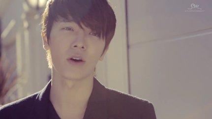 Super Junior Donghae & Eunhyuk_아직도 난 (Still You)_Music Video-005