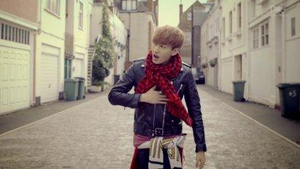 Super Junior Donghae & Eunhyuk_아직도 난 (Still You)_Music Video-040