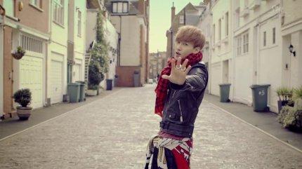 Super Junior Donghae & Eunhyuk_아직도 난 (Still You)_Music Video-045